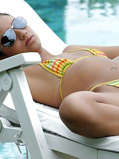 Free Young Bikini Pics
